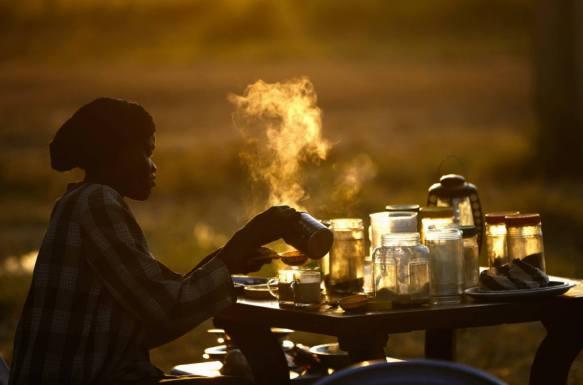 outdoor coffee shop, Sudan - Goran Tomasevic